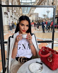[New] The 10 Best Fashion Today (with Pictures) Girl Fashion, Fashion Outfits, Womens Fashion, Fashion Today, Classy Outfits, Cute Outfits, Luxury Girl, Coffee Girl, Old Fashioned Cocktail