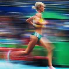 Best pictures of the week in Rio - Australia's Eloise Wellings in the Women's 10000m Final on day 1 of the Athletics at the Rio 2016 Olympic Games. Picture: Phil Hillyard