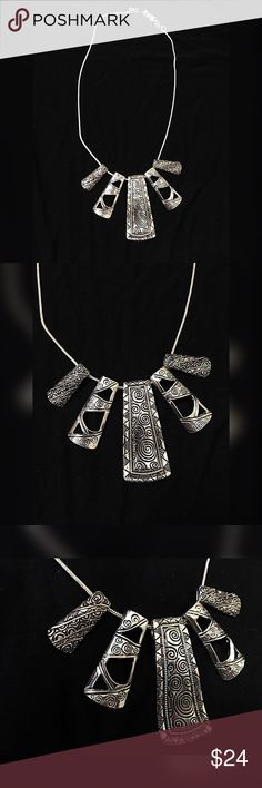 Stunning silver tone tribal adjustable necklace! Beautiful detail - shiny silver tone etched necklace - adjustable Jewelry Necklaces