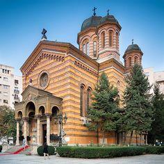 Stunning Church, Sfintii Apostol Street, district 5, 1885- 1890
