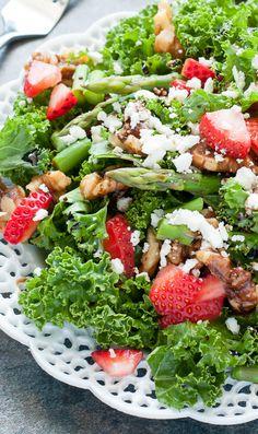 Strawberry Kale Sala