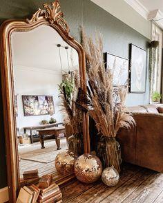 Mirror Ball, Mirror Mirror, Interior Styling, Interior Design, Living Room Mirrors, Deco Floral, Bedroom Inspo, Bedroom Ideas, Brainstorm