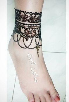 Henna Designs for Feet [BEE] - Feet mehndi - Henna Designs Feet, Finger Henna Designs, Legs Mehndi Design, Mehndi Designs 2018, Wedding Mehndi Designs, Mehndi Designs For Fingers, Wedding Henna, Dulhan Mehndi Designs, Simple Mehndi Designs