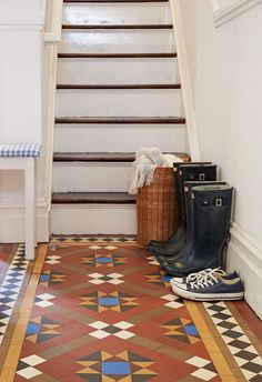 Behind a conventional Victorian façade, Mel Prescott-Davies and Chris Green's family home is bursting with character and cosiness Tile Stairs, Period Living, Hallway Designs, Cosy, Facade, Dreaming Of You, Home And Family, Interior Decorating, Victorian