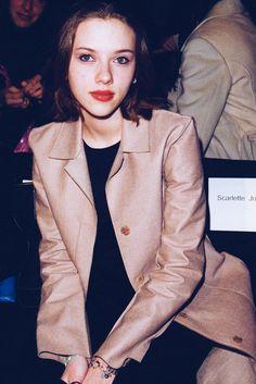 Scarlett Johansson Max Azria 2000