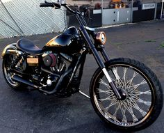 "2006 Custom Street Bob with 117"" motor, 23"" front wheel, & 6 Speed transmission"