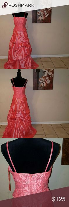 Prom/ Homecoming/Sweet 16 Dress (NWT) 2 piece!! Dresses Prom