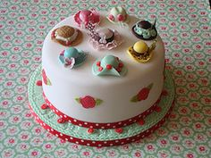 Love those little hats on the cake