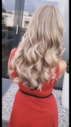 Blonde hair color Blonde Hair, Hair Color, Long Hair Styles, Beauty, Shaving Machine, Barber Salon, Hair Stylists, Hair Color Blondes, Dressmaking