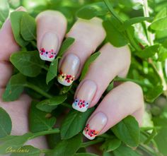 French mani & dotting tool flowers