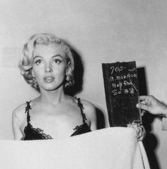 Beautiful icon of a woman marilyn Monroe Divas, Mazzy Star, Beautiful People, Beautiful Women, Amazing People, Pretty People, Beautiful Things, After Life, Norma Jeane