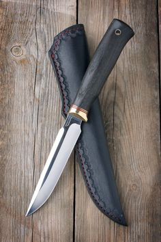 Cool Knives, Knives And Tools, Knives And Swords, Swords And Daggers, Knife Patterns, Bushcraft Knives, Dagger Knife, Knife Sheath, Handmade Knives