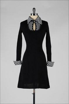 Вязаное платье 1970-х годов.