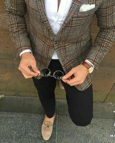 clothes for men casual Mens Fashion Suits, Mens Suits, Fashion Shirts, Fashion Outfits, Blazer En Tweed, Stylish Men, Men Casual, Herren Style, Herren Outfit