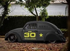 Anota ai, esse carinha vai chamar muita atenção amanhã. Ele vai marcar presença no DNF- Curitiba 2016 . Você vai ? Então capricha na foto e envie ela pra gente. . Featured tag. #oldvwclub . #instacar #fusca #volks #volkswagen #ratlook #vwlove #stance #blacklist #Hoodride #germancar #stancenation #vwbeetle #vw #soloparking #classiccar #beetle #aircooled #empi #classic #vintage #kombi . Adesivos: Envie um direct para @oldvwstore . Owner: ?