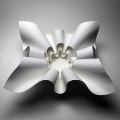 Astonishing Origami by Robby Kraft Origami Lamp, Origami Paper Art, Platine Vinyle Audiophile, Foam Crafts, Paper Crafts, Architecture Origami, Paper Folding Art, Paper Structure, Geometric Origami