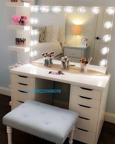 Meja Makeup Lampu Minimalis Modern atau disebut Meja Rias Lampu ini diproses menggunakan kayu kualitas dan difinising dengan cat duco warna putih