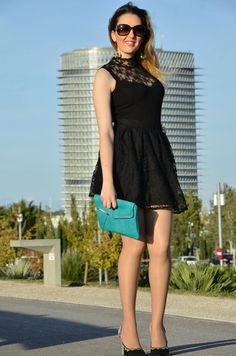 http://oneusefashion.wordpress.com/2014/10/10/black-lace/