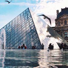 #Louvre #Paris