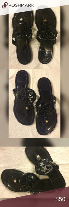 Tori Burch Sandals Tori Burch Sandals ❤️ pre- loved ❤️ 4th photo shows signs of wear smaller than a Neckless claps Tory Burch Shoes Sandals