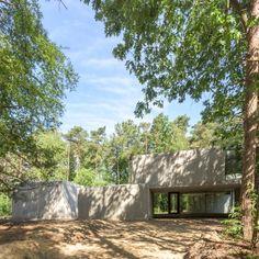 Concrete Sculpture in the Woods by Sculp [IT] Architecten in Keerbergen, Belgium