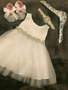 Discover recipes, home ideas, style inspiration and other ideas to try. Frocks For Girls, Kids Frocks, Little Girl Dresses, Girls Dresses, Flower Girl Dresses, White Baptism Dress, White Baby Dress, Baby Girl Dress Design, Baby Girl Dress Patterns