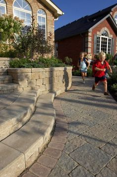 Entrance and walkway by Unilock with Stonehenge paver