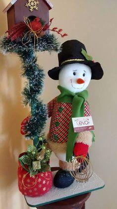 NIEVE FAROL  con moldes Christmas Sewing, Christmas Snowman, Christmas Home, Christmas Wreaths, Christmas Crafts, Christmas Ornaments, 242, Snowman Crafts, Christmas Scenes