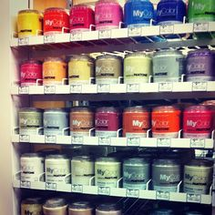 Just discovered Pantone's new line of paints- we couldn't be more pleased! @myPantone #colorblocking
