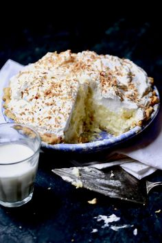 I have a lot of eggs and milk that I need to use up today, so Coconut Cream Pie is on the menu! This is one of my favorite pies next to Chocolate Cream pie. The great thing is that if you can make one, you can make both and many other desserts. Pie Dessert, Cookie Desserts, Sweet Desserts, Just Desserts, Delicious Desserts, Dessert Recipes, Awesome Desserts, Bar Recipes, Yummy Food