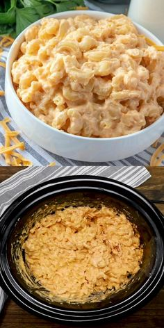 Crock Pot Macaroni and Cheese is a family favorite. Creamy and cheesy macaroni and cheese made super simple in the crock pot. Why slave over a stove? Crockpot Mac N Cheese Recipe, Cheese Recipes, Pasta Recipes, Slow Cooker Recipes, Crockpot Recipes, Cooking Recipes, Casserole Recipes, Macaroni Cheese, Mac Cheese