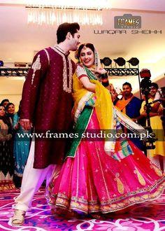 Danish Taimoor Mehndi Pics with Ayeza Khan (Aiza) 2014 Bridal And Groom Pics, Mehndi Pictures, Ayeza Khan Wedding, Mehndi Function, India People, Pakistani Wedding Dresses, Pakistani Actress, Best Couple, Couple Shoot