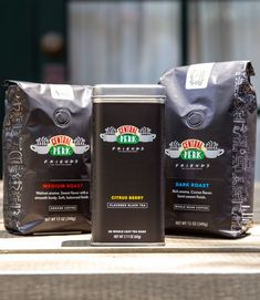 Central Perk Coffee Exists IRL Now, and BRB, Brewing a Cup For Me and All My Friends There are also six drinks inspired by Friends characters! Friends Moments, Friends Tv Show, Coffee Line, Friends Merchandise, Roasted Walnuts, Latte, I Love My Friends, Brewing Tea, Great Coffee