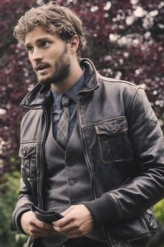 Leather, vest, tie, Irish accent. //Am I the only one who misses Sheriff Graham on Once Upon A Time? (@Sam McHardy Taylor Ruff)