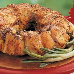 Swiss-Onion Bread Ring Recipe | Taste of Home Recipes