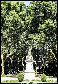 La fuente de Apolo, también llamada de las Cuatro Estaciones. The Apollo fountain, also called the Four Seasons.