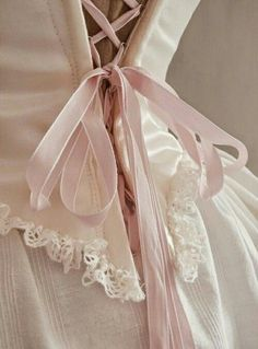 70 trendy Ideas for dress silk marie antoinette Princesa Clash Royale, Goa Style, Lace Bridal, Tout Rose, Hip Hop, Girly, Princess Aesthetic, Royal Jewelry, Quinceanera Dresses