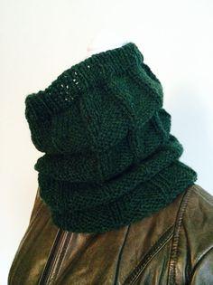 Green Cowl-Knit Neck Warmer-Winter Cowl-Warm by ErikasKnittingShop