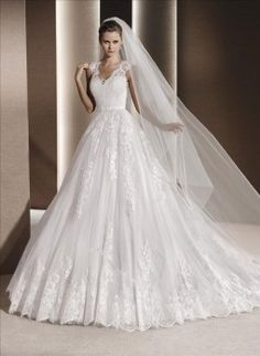 La Sposa trouwjurk   Art. code 34376