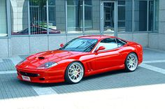 550 Maranello. I've never been a big fan of this car, but it sure looks nice in this picture.