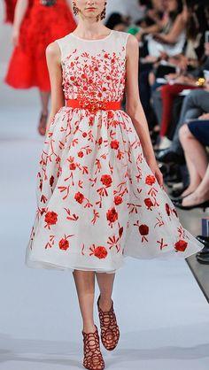 Oscar de la Renta 2013 love the dress.