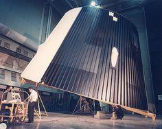 Apollo Space Program, Nasa Space Program, Nasa Missions, Apollo Missions, Programa Apollo, Nasa Engineer, American Space, Rocket Design, Retro Rocket