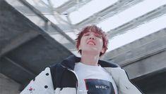 J-Hope - Airplane MV ✈️ 2018/03/06 #HopeWorld #Airplane #J-Hope