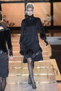 Valentino Fall 2006 Couture Collection Photos - Vogue