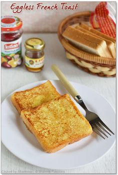 Eggless French Toast Recipe - Easy French Toast without eggs - Sharmis Passions Salt Biscuits Recipe, Biscuit Recipe, French Toast Without Eggs, French Toast Bake, Eggless Recipes, Snack Recipes, Bread Recipes, Tasty Snacks, Pancake Recipes