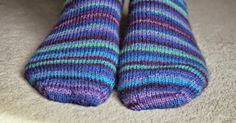 Basic 4ply sock pattern and tutorial - easy beginner sock knitting!  Follow the Winwick Mum Sockalong tutorials with this pattern for a perfect pair!
