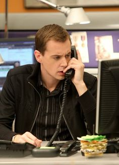 Sean Murray in NCIS: Naval Criminal Investigative Service Timothy Mcgee, Ncis Characters, Ncis Tv Series, Ncis Cast, Most Popular Series, Sean Murray, Ncis New, Michael Weatherly, Posters