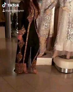 Indian Bridesmaid Dresses, Party Wear Indian Dresses, Designer Party Wear Dresses, Indian Designer Outfits, Beautiful Dress Designs, Stylish Dress Designs, Designs For Dresses, Pakistani Bridal Makeup, Pakistani Wedding Outfits