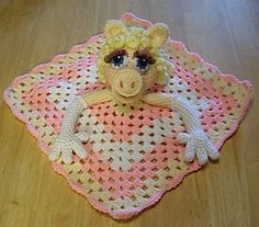 Miss Piggy Lovey Security Blanket