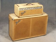 Electric Guitar And Amp, Guitar Amp, Acoustic Guitar, Fender Bass Guitar, Fender Guitars, Fender Vintage, Vintage Guitars, Fender Stratocaster, Guitar Cabinet